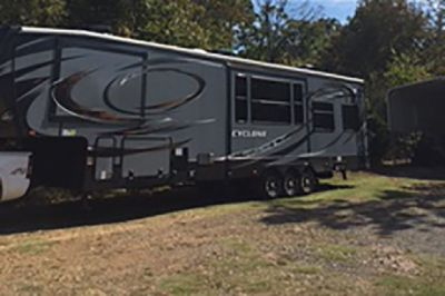 By Owner! 2014 43ft. Heartland Cyclone 4100 Toy Hauler