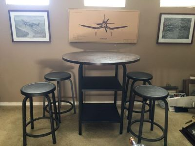 5 PC High Top Table