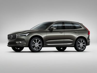 2019 Volvo XC60 (Crystal White Pearl)