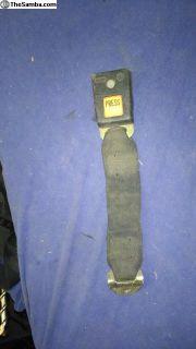 beetle seat belt receiver