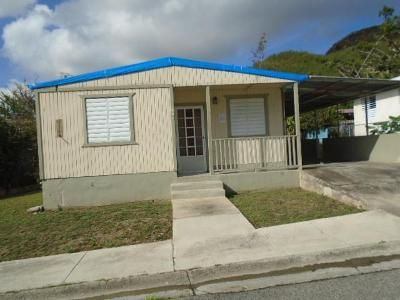 3 Bed 1 Bath Foreclosure Property in Coamo, PR 00769 - Colon Comm Rio Jueyes Calle 1 164