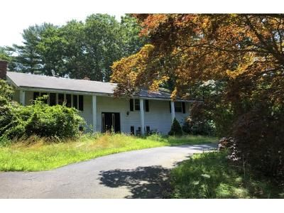 5 Bed 3.0 Bath Preforeclosure Property in Pembroke, MA 02359 - Debra Rd