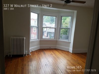 Beautiful 2 bedroom apartment in Chestnut Hill