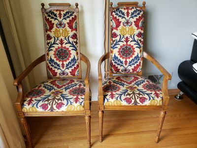 Colorful chair set