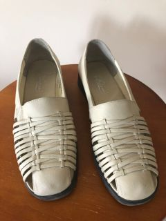 Women s leather shoes