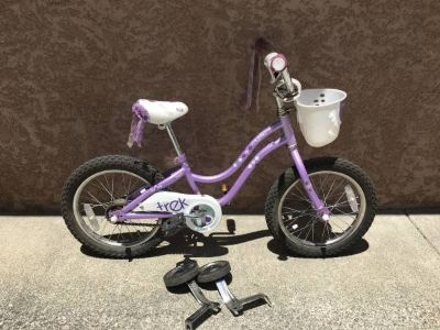 "Kids Trek Mystic 16"" Bicycle w/Training Wheels"