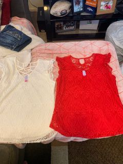 Cute lace short sleeve