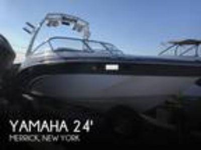 Yamaha - 24