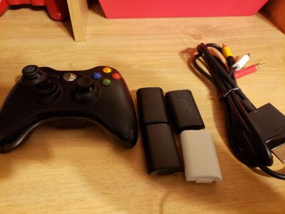 xbox 360 controller and accessory