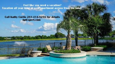 Luxury Apartments with Garage - Infinity Pool Overlooks the Lake!