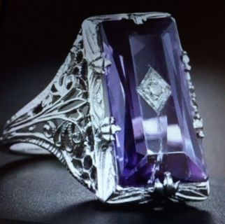 STUNNING LARGE AMETHYST SILVER PLATED RING HARD TO FIND SIZE 11 ONLY 1 ring in stock