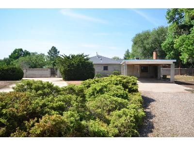 3 Bed 2 Bath Foreclosure Property in Albuquerque, NM 87107 - Edgewood Dr NW