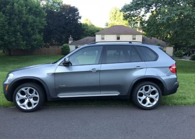 2010 BMW X5 4.8i Excellent Condition - Fun, Fast and Tows Great! $13K OBO