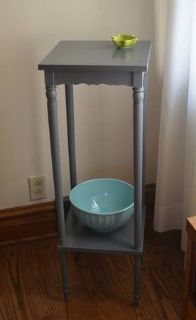 Wood Plant Stand/Entryway table