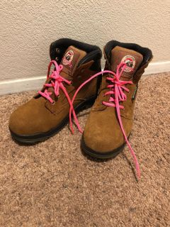 Women s size 8 hiking boots