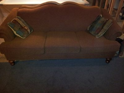 Couch/Sofa and loveseat