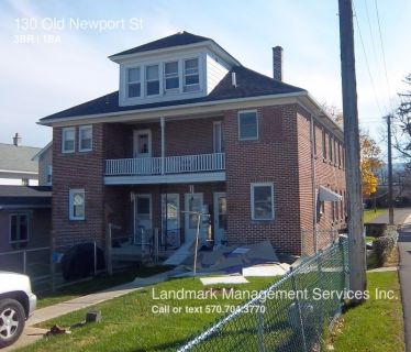 Single-family home Rental - 130 Old Newport St