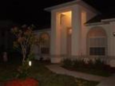 Lazy Days Villa - Executive Four BR Three BA near Disney - Villa