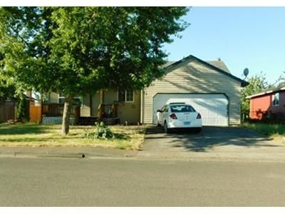 3 Bed 2 Bath Foreclosure Property in Dallas, OR 97338 - NW Denton Ave