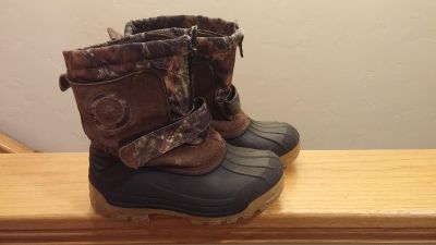 Boys Winter Boots w/liners