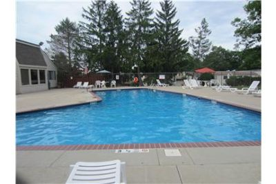 CROMWELL, CT. CONDO FOR RENT