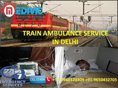 Book Supercilious and Life Savior Train Ambulance Service in Delhi by Medivic