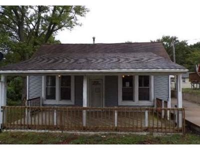 2 Bed 2 Bath Foreclosure Property in Herculaneum, MO 63048 - Reservoir St