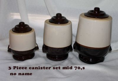brown stoneware set (3)canisters