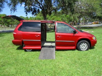 2002 Dodge Grand Caravan SEL Handicap