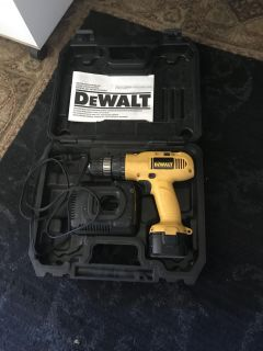 Dewalt cordless clutch drill. Needs new battery. Battery wont hold the charge. Come with case charger and drill. Old battery also