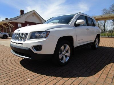 2015 Jeep Compass 2WD Latitude (White)