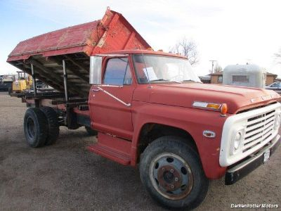 1970 Toyota Tundra SR5 (Red)
