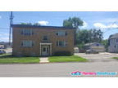 Available Now Two BR One BA Apartment In Waseca