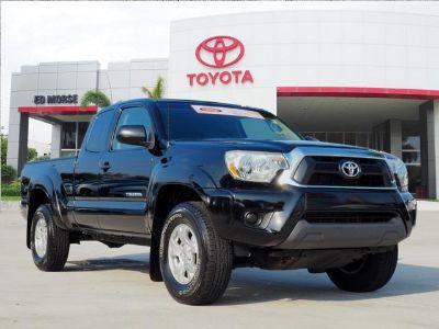 2013 Toyota Tacoma PreRunner (black)
