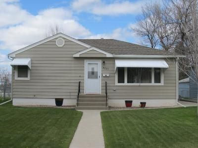 4 Bed 2 Bath Preforeclosure Property in Great Falls, MT 59405 - 8th Ave S