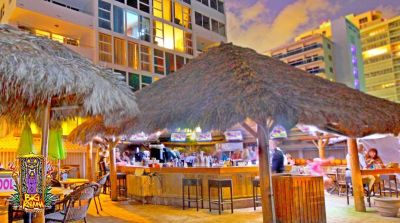 Tiki Bars in South Florida - Big Kahuna Tiki Huts