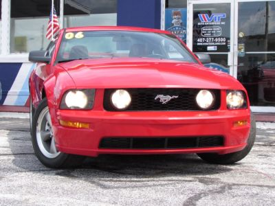 2006 Ford Mustang GT Deluxe (Torch Red)