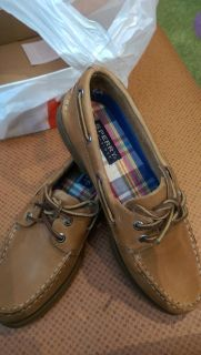 Sperry Woman size 8