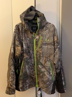 Under Armour men s insulated coat with hood.