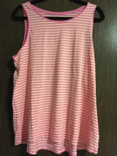 Old navy tank new with tags xl