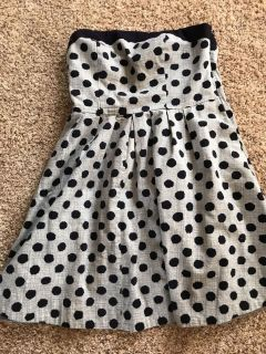 Adorable strapless Limited dress