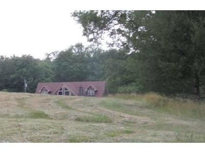 4 Bed 3 Bath Foreclosure Property in Sunbright, TN 37872 - Coon Hollow Rd