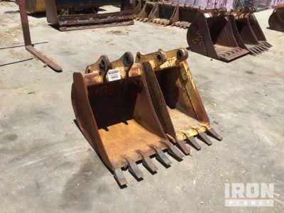 Lot of (2) Rear Backhoe Buckets