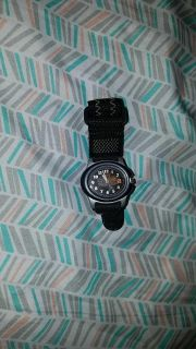 Boys timex velcro banded watch- needs new battery