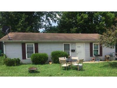 3 Bed 1 Bath Foreclosure Property in Harrodsburg, KY 40330 - Daviess St