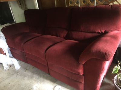 2 red couches for sale excellent condition $200 each
