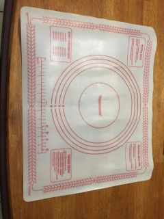 Vintage Tupperware pastry roll out mat