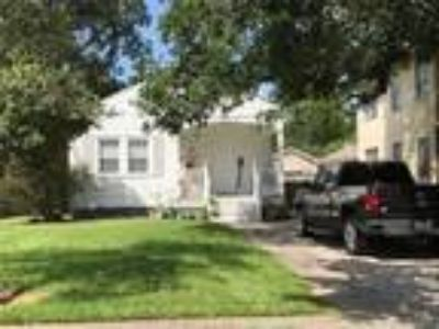 $245000 Three BR 2.00 BA, Jefferson