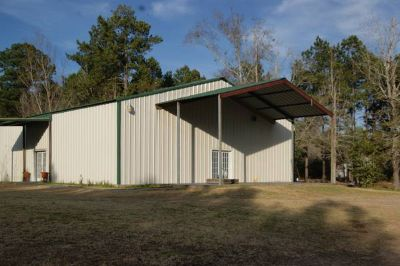 10 Acres and 48x60 metal building on concrete slab