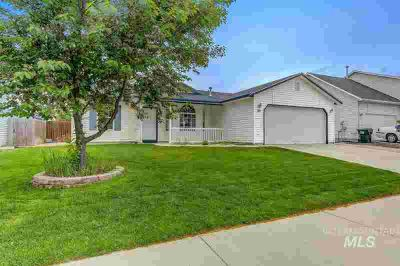 201 E Bay Owl Dr KUNA Three BR, OPEN HOUSE Sunday 5/19 from 1-3